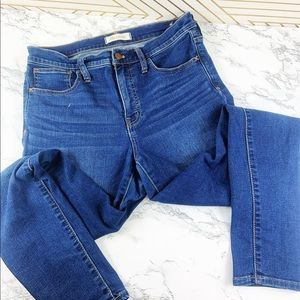 Madewell roadtripper jeans size 28 mid wash